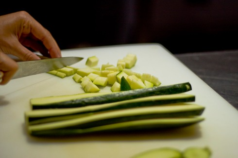 cutting courgette