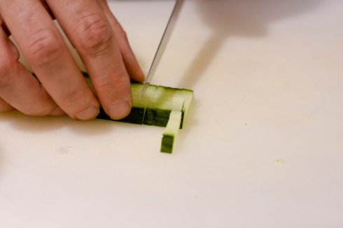 Dicing cucumber