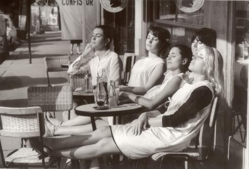 Les Coiffeusses au soleil, Paris, 1966 by Robert Doisneau